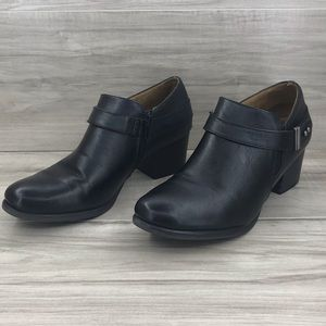 Natural Soul black leather booties